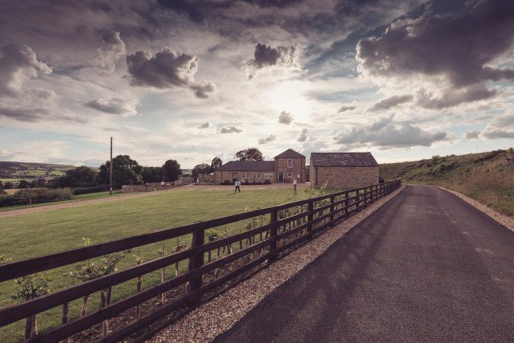 Intimate Stylish Barn Wedding 378.jpg