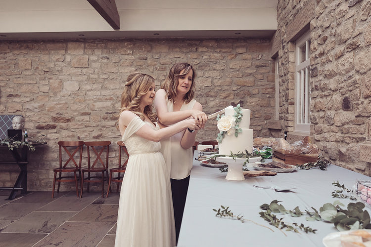 Intimate Stylish Barn Wedding 387.jpg