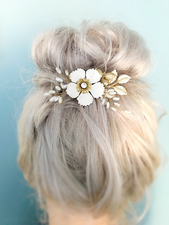 Sixpenny Bride - Vintage Bridal Hairpiece.jpg