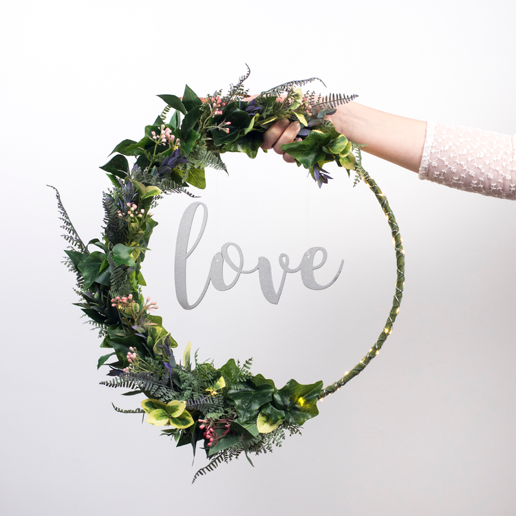 Light Up Floral Hoop - The White Bulb