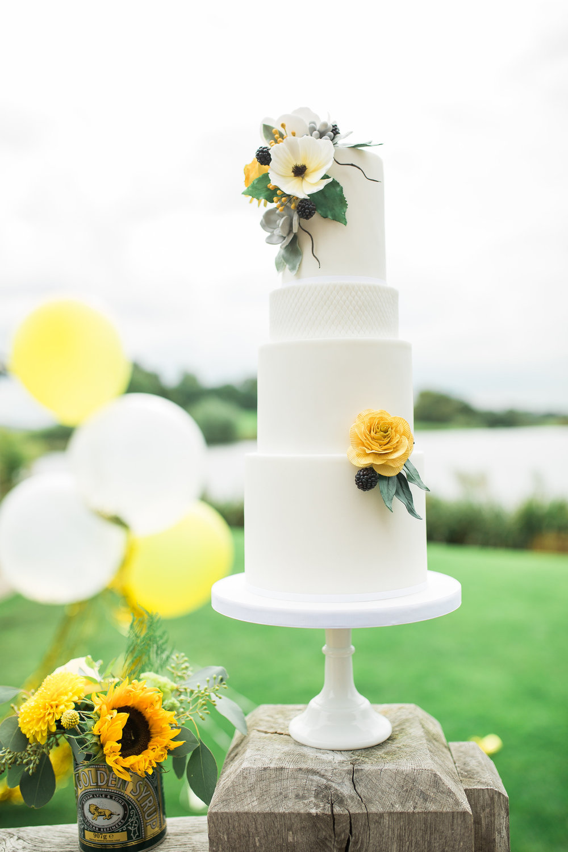 Greenery Yellow Bridal Shoot Plus Size 191.jpg