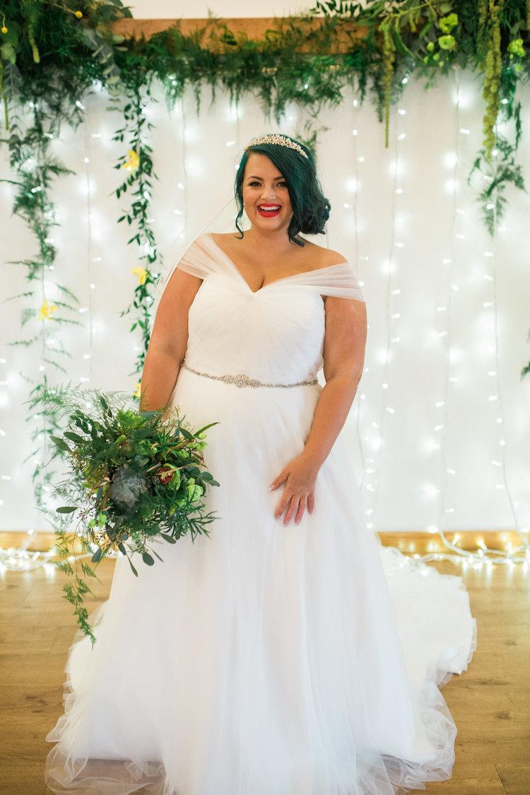 Greenery Yellow Bridal Shoot Plus Size 515.jpg