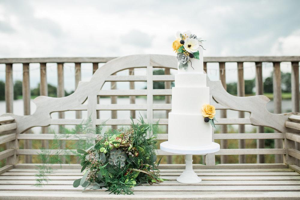 Greenery Yellow Bridal Shoot Plus Size 205.jpg