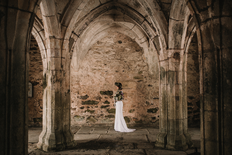 And so to Wed - Valle Crucis Abbey - Avonné Photography8.jpg