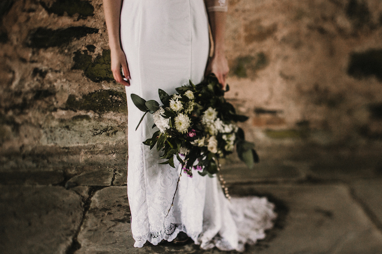 And so to Wed - Valle Crucis Abbey - Avonné Photography9.jpg