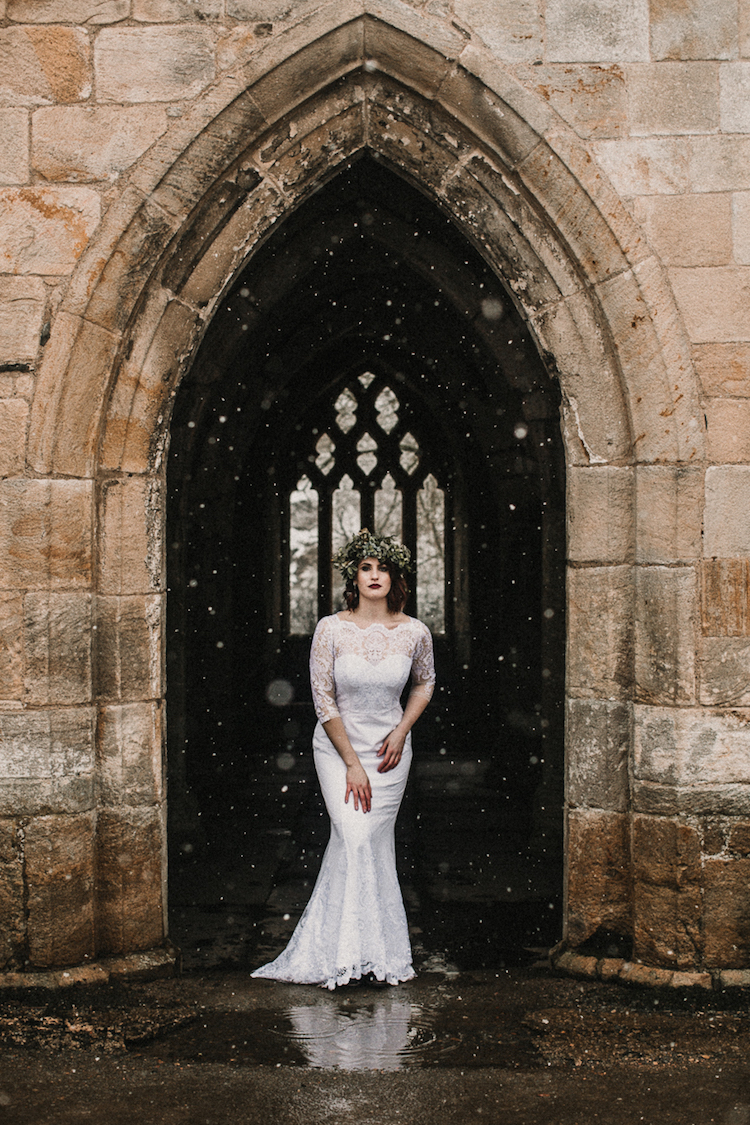 And so to Wed - Valle Crucis Abbey - Avonné Photography7.jpg