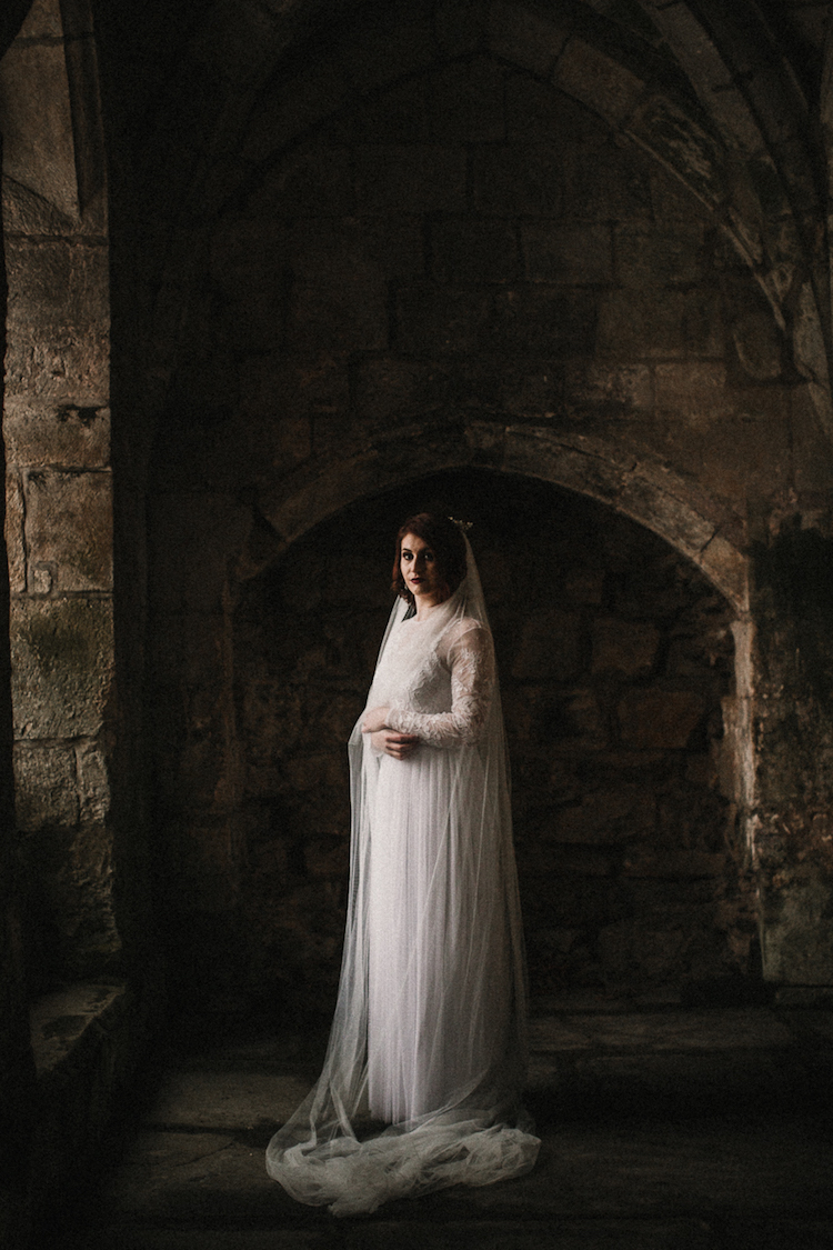 And so to Wed - Valle Crucis Abbey - Avonné Photography13.jpg