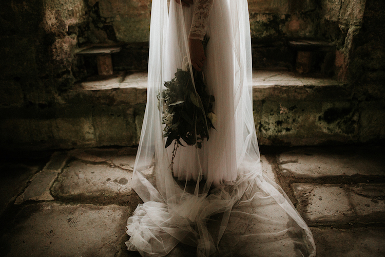 And so to Wed - Valle Crucis Abbey - Avonné Photography20.jpg