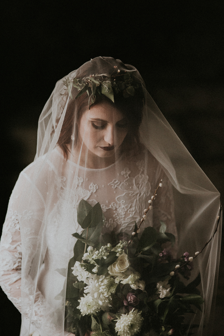 And so to Wed - Valle Crucis Abbey - Avonné Photography22.jpg