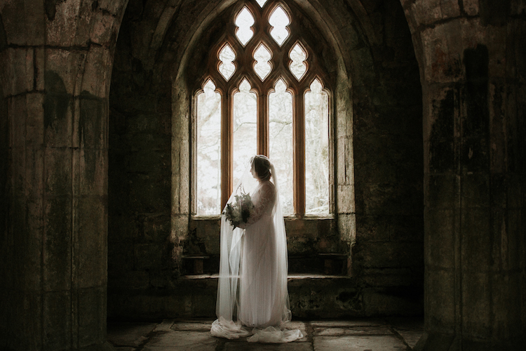 And so to Wed - Valle Crucis Abbey - Avonné Photography23.jpg