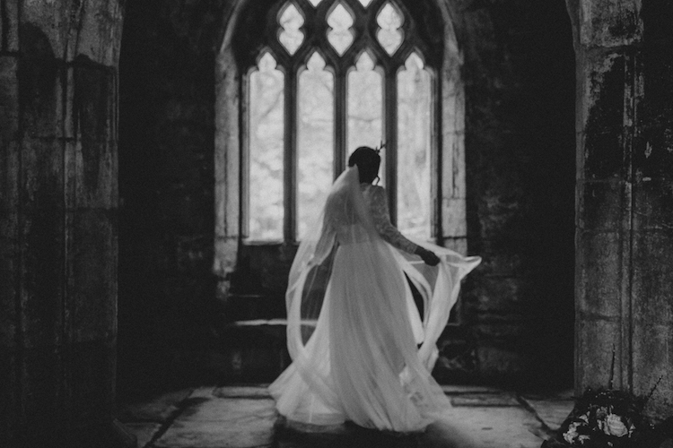 And so to Wed - Valle Crucis Abbey - Avonné Photography25.jpg