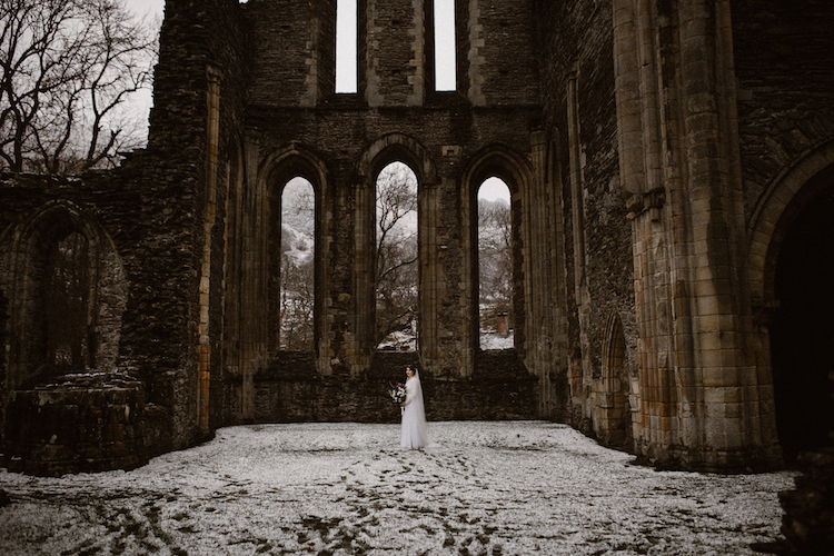 And so to Wed - Valle Crucis Abbey - Avonné Photography40.jpg