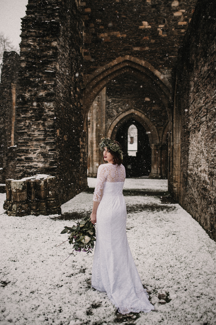 And so to Wed - Valle Crucis Abbey - Avonné Photography46.jpg