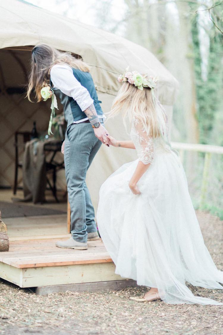 And so to Wed - Woodland Wedding Shoot - Gilly Page18.jpg