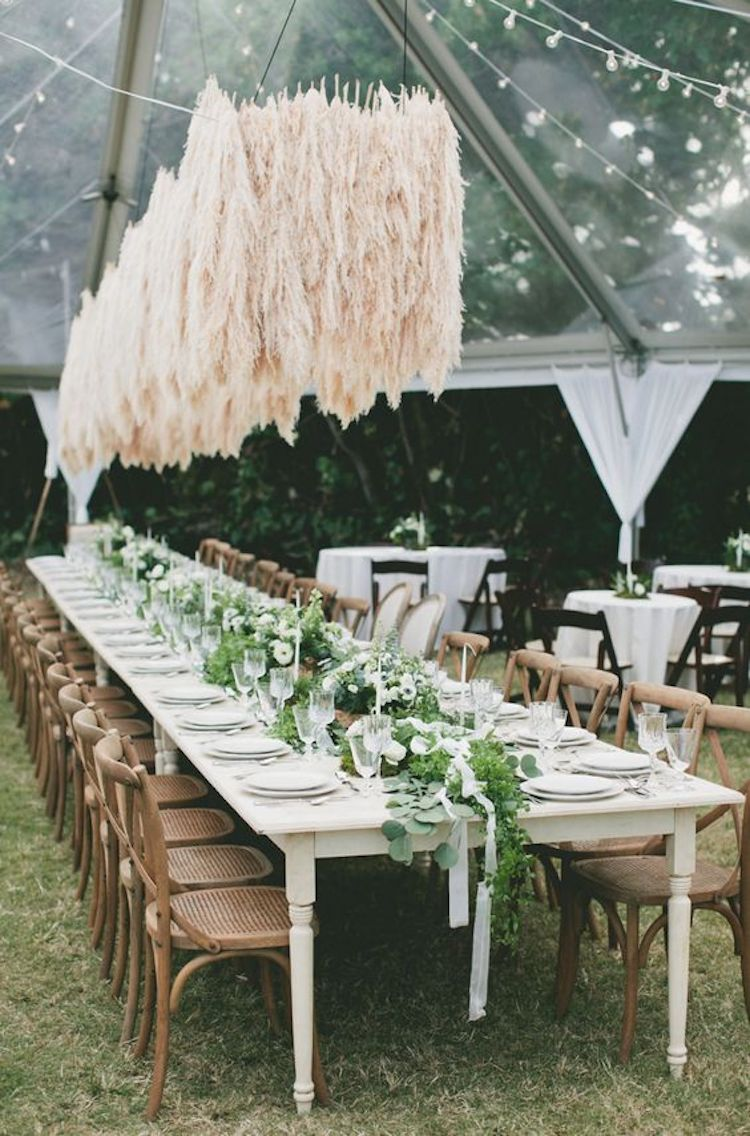 Styling by   Floral Impressions  , Photography by   Natalie Norton   via   Signature Maui Rentals