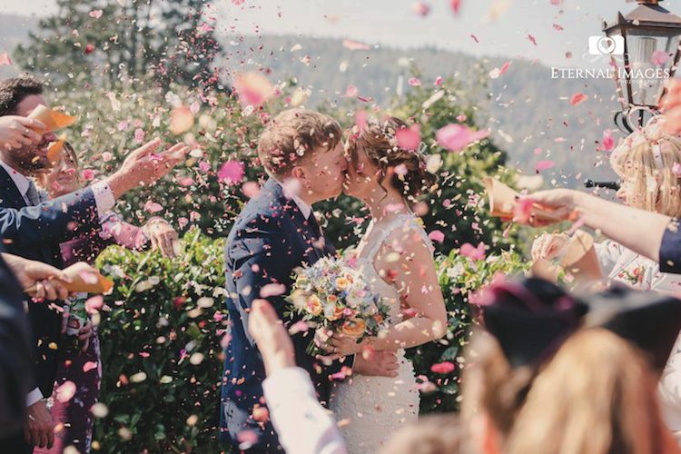 ETERNAL IMAGES PHOTOGRAPHY LIMITED YORKSHIRE WEDDING PHOTOGRAPHY CONFETTI.jpg