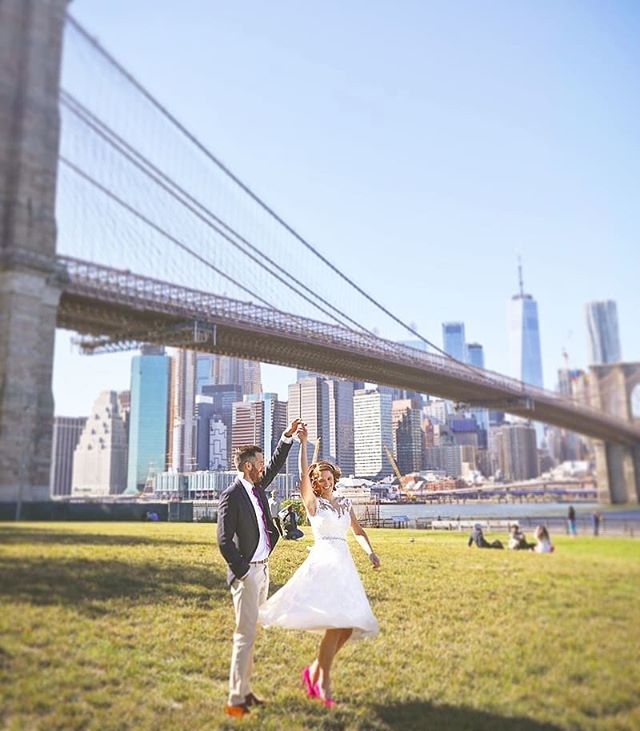 Here is an amazing shot from Zoe and Sam's Dream wedding in New York! The skyline view from Brooklyn Bridge Park never gets old! #brooklyn #brooklynbridgepark #dumbobrooklyn #dancing #australia #weddingphotographer #wedding #weddingplannernyc #elopement #newyorkelopement #newyork #weddinginspo #elopementplanner #newyorkdreamweddings #harleyhall #elopenyc #weddingphotography #newyork #elope #creative #weddings #nywedding #harleyhallphotography #tourist #love