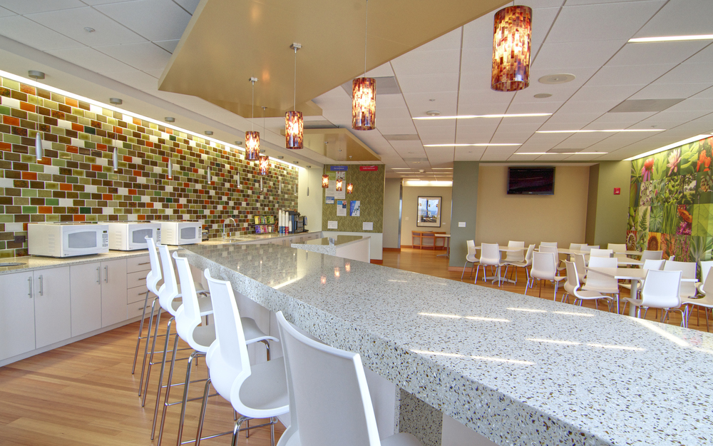 03 KPMG Tysons Lunch Room.jpg