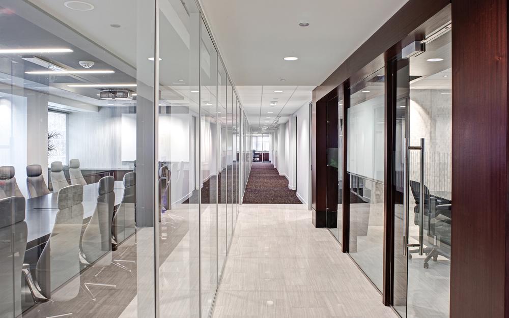 01 Congressional Bank Hallway.jpg