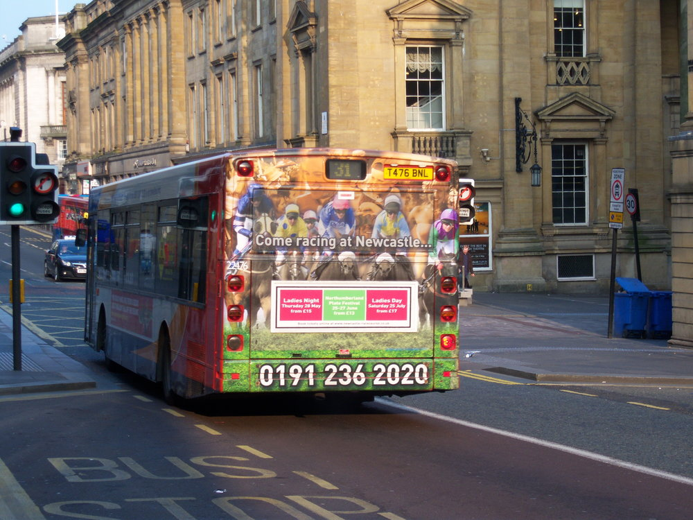 Stagecoach_in_Newcastle_bus_22476_MAN_Alexander_ALX300_T476_BNL_in_Newcastle_rear_advert_3_April_2009.jpg