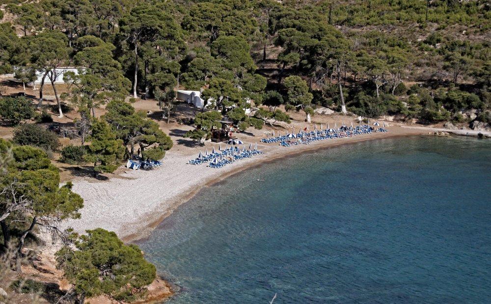 Spetses beach 2_HDR.jpg