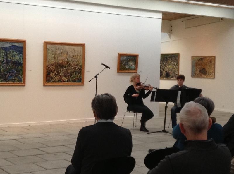 Angelika Nielsen og AnnaHüdepohl spælduframúrskarandi, m.a. eitt verk hjá Astor Piazzola.