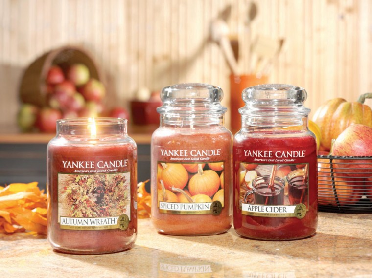 Day 3 Giveaway 25 To Yankee Candle Ashley Eiban