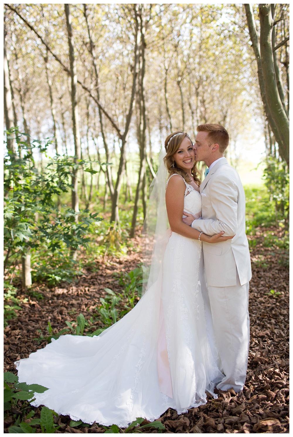 Nassau Valley Vineyard Wedding || Lewes, DE Wedding || Vineyard Wedding || Ashley Eiban Photography || www.ashleyeiban.com