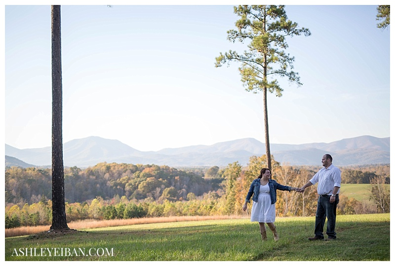 Sierra Vista Engagement Photographer || Lynchburg VA Wedding and Portrait Photographer || Ashley Eiban Photography || www.ashleyeiban.com