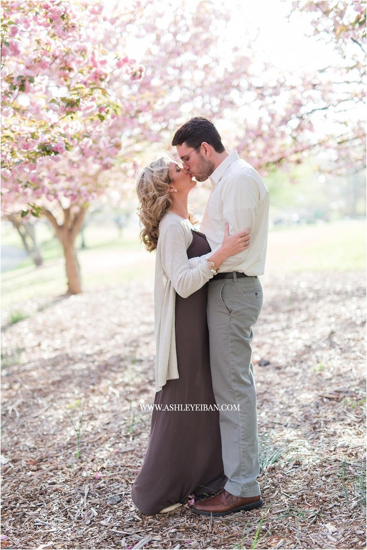Lynchburg Proposal Photographer || Lynchburg Wedding Photographer || Central VA Wedding Photographer || Lynchburg Engagement Photos || Ashley Eiban Photography || www.ashleyeiban.com