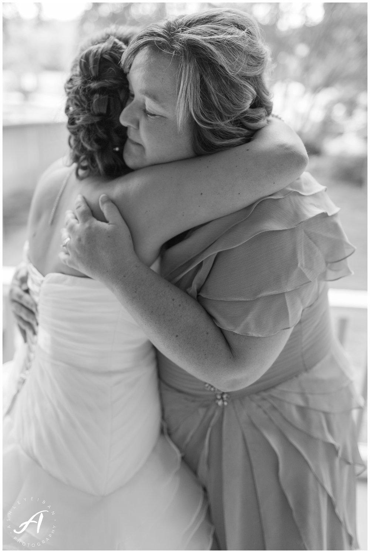 Avoca Museum Wedding    Central VA Wedding    Lynchburg Virginia Wedding Photographer    www.ashleyeiban.com