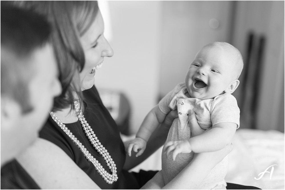 Lynchburg Family Photographer || Ashley Eiban Photography || www.ashleyeiban.com