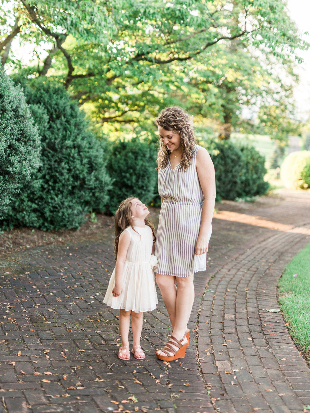 Little moments matter in motherhood || mom boss || Charlottesville Wedding Photographer || www.ashleyeiban.com