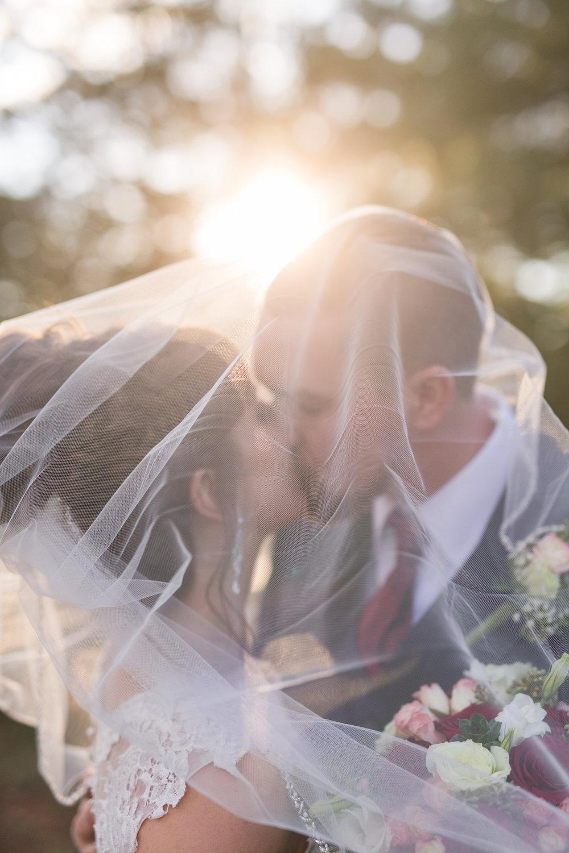 Lynchburg and Charlottesville wedding photographer    www.ashleyeiban.com