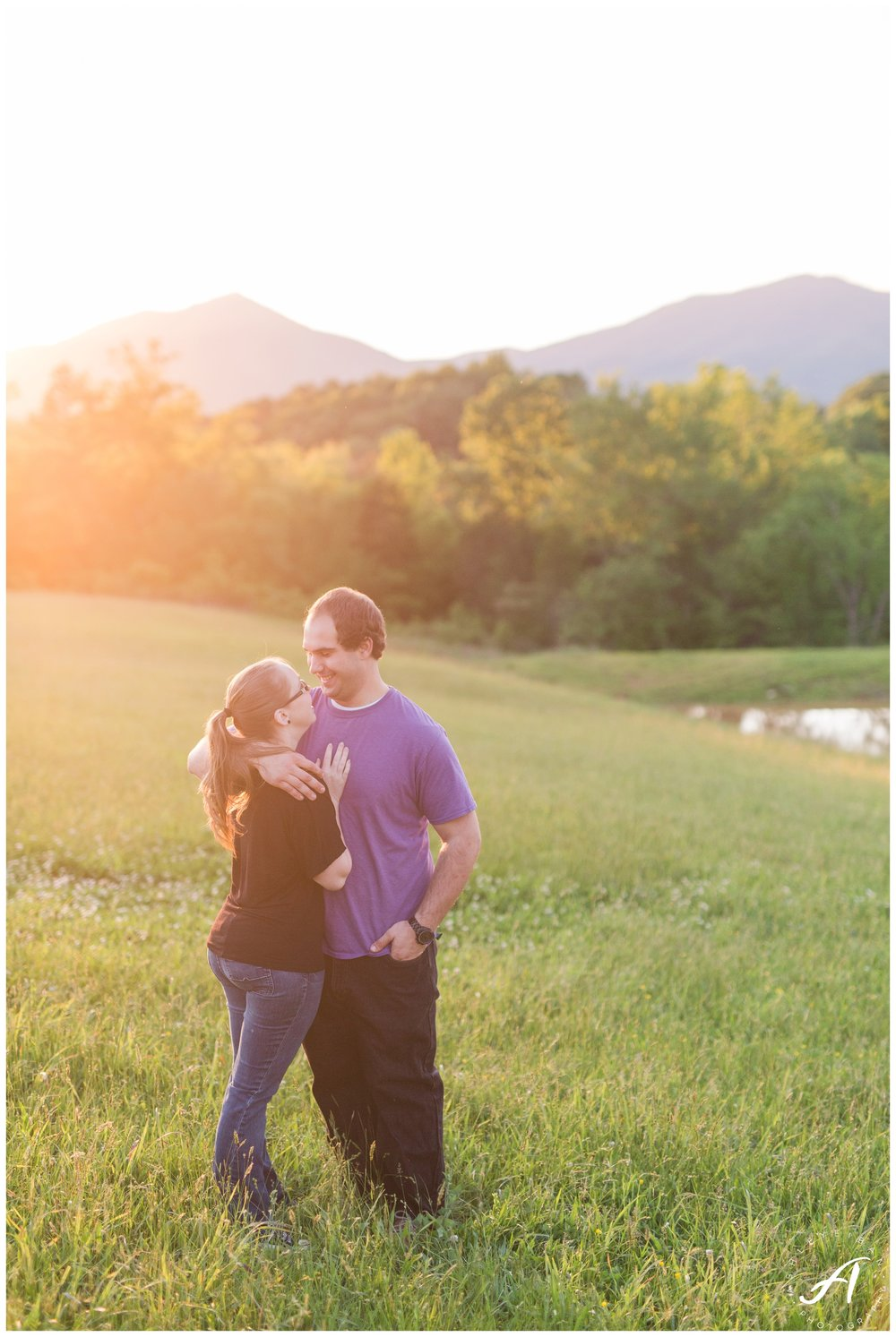 Bedford Virginia Engagement Session || Mountain view engagement session || Ashley Eiban Photography || www.ashleyeiban.com