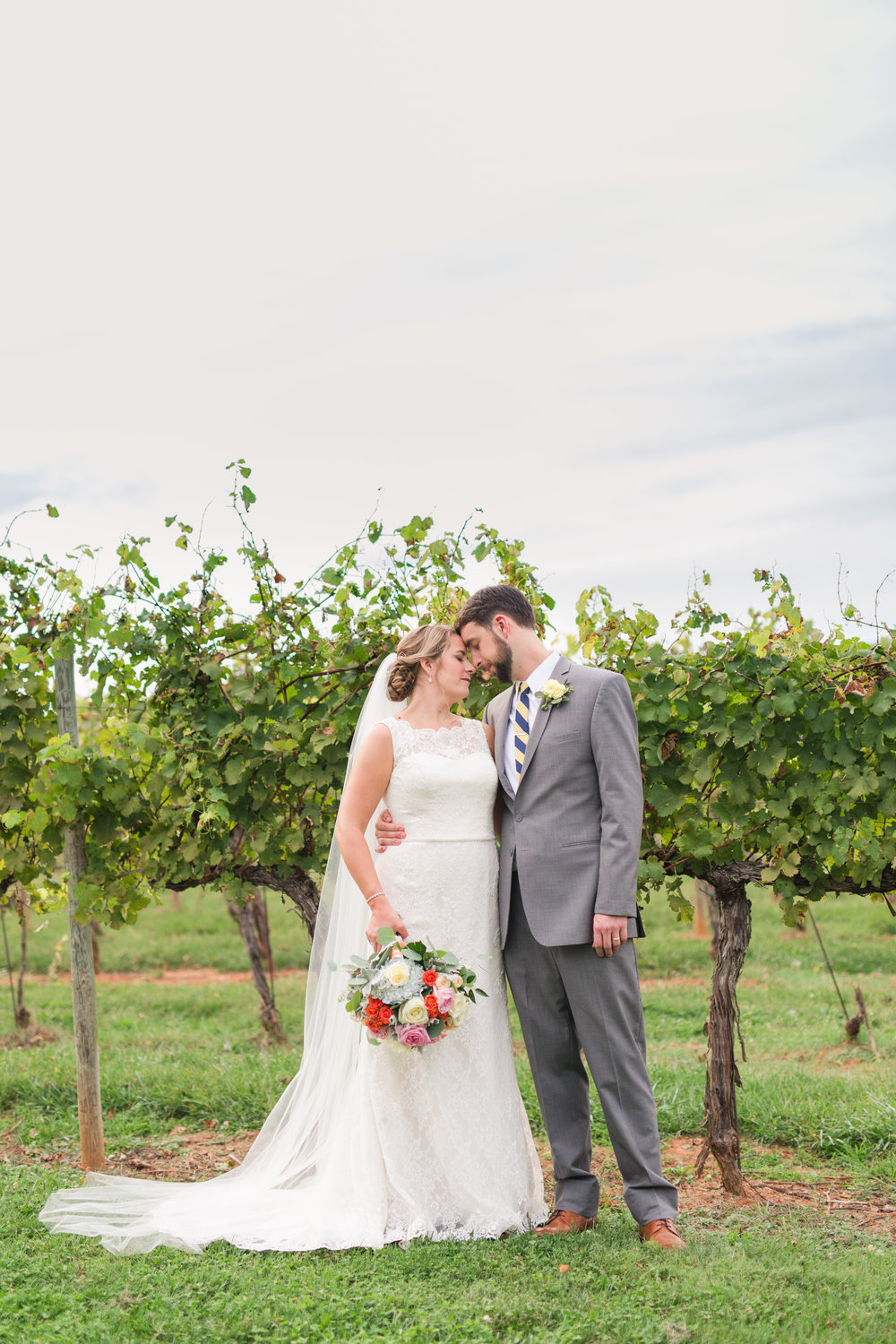 Keswick Vineyard Wedding Photographer || Charlottesville and Central Virginia Wedding Photographer || www.ashleyeiban.com
