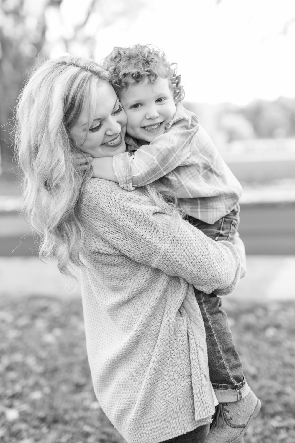 Lynchburg VA Family Photographer || Central VA Family and Wedding Photographer || www.ashleyeiban.com