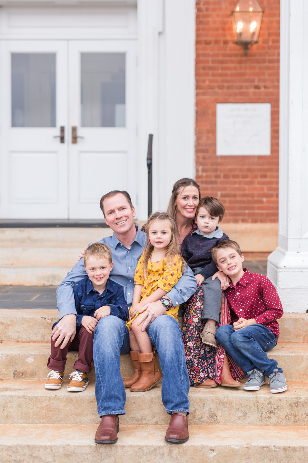 Lynchburg Family Photographer || Charlottesville and Lynchburg Wedding and Portrait Photographer || Fall Family Photos in Lynchburg