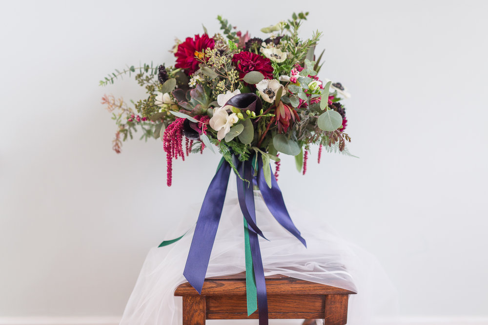 Foraged and Cut Flowers || Ask the Expert: Florist || Lynchburg, Virginia Wedding Photographer