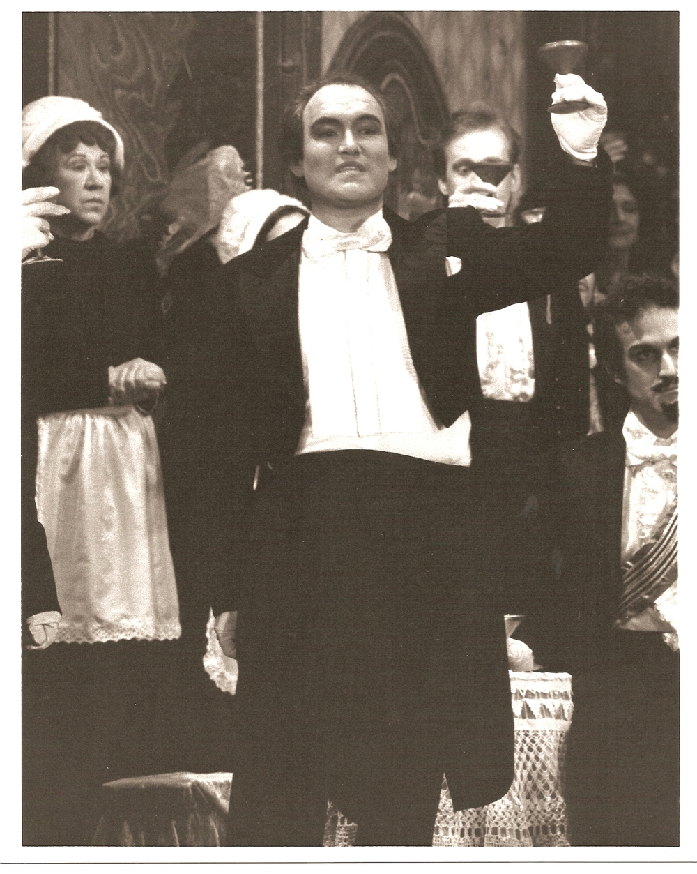 Traviata Act 1 Brindisi.jpg