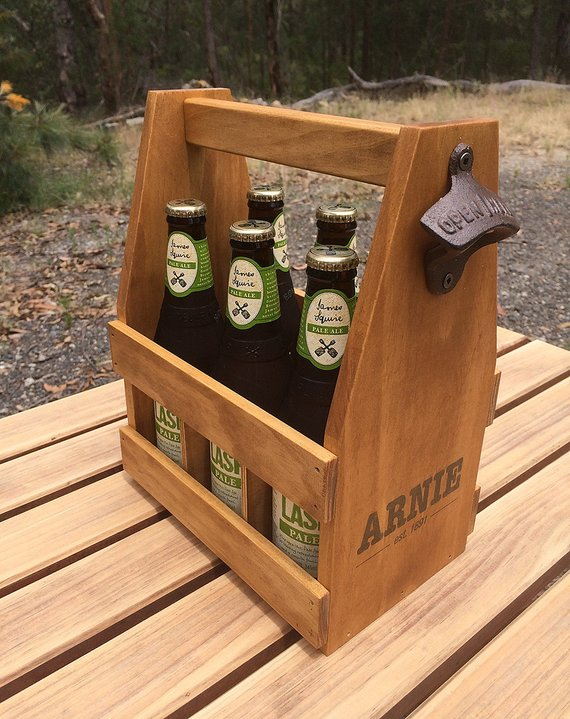 gift-guide-personalized-wood-beer-caddy