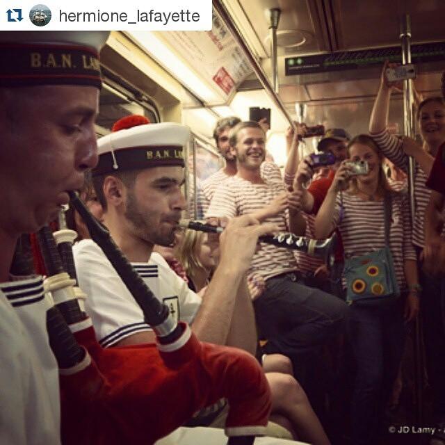 Bravo Mathieu and Théo—both members of Bagad de Lann-Bihoué—for bringing traditional Breton music to the Hermione Voyage. @hermione_lafayette ・・・ Quand l'équipage de L'#Hermione prend le métro new-yorkais avec les sonneurs du #bagad de #lannbihoue... #hermionevoyage #hermione2015 #manhattan #festnoz #lafayette #nyc