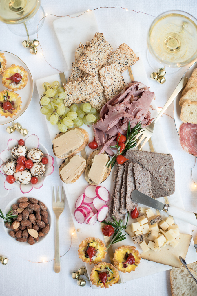 holiday charcuterie board5a.jpg