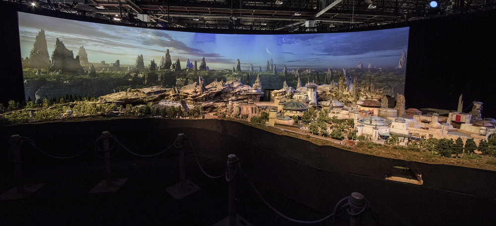 Star Was Galaxy's Edge Complete Model