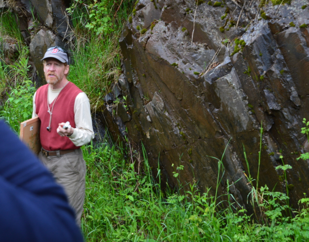 Northland College Geology Professor Tom Fitz tells Leaguers about the geology of the Penokee Hills.