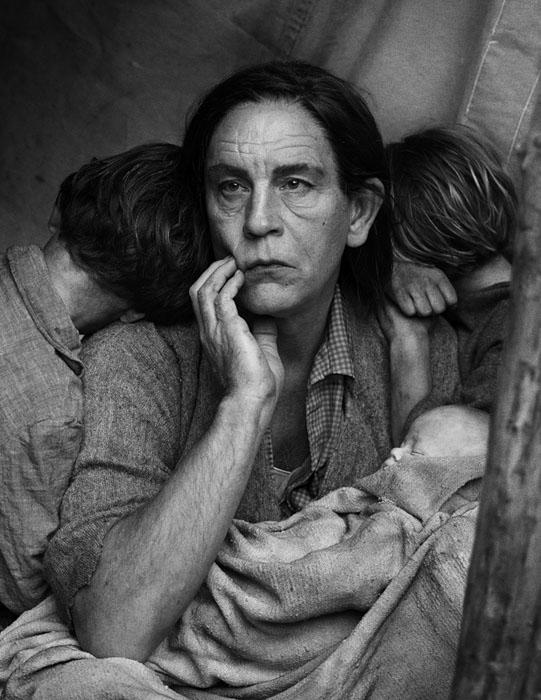 Sandro Miller/John Malkovich homage to Dorothea Lange's 'Migrant Mother'.