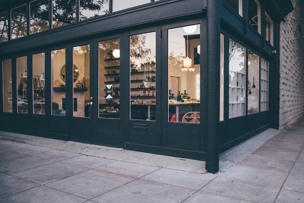 Store-Merchandised-20160829-100.jpg