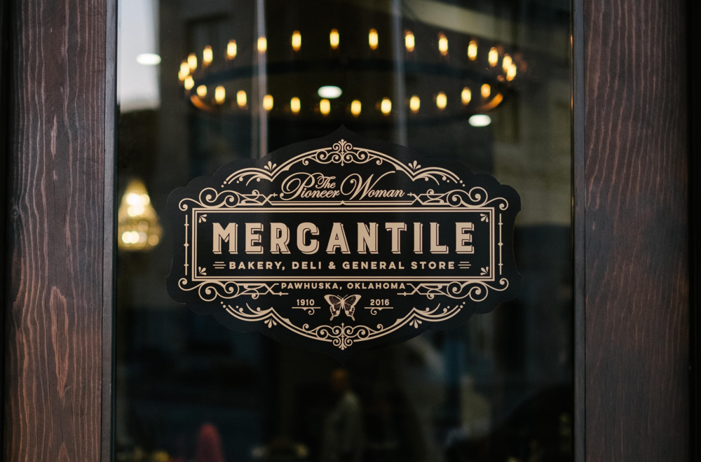 The Pioneer Woman MercantilE RETAIL BRAND