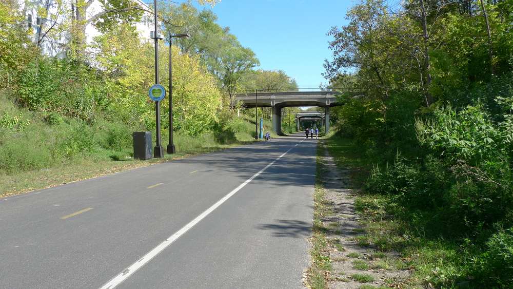The Midtown Greenway at Bloomington Avenue.