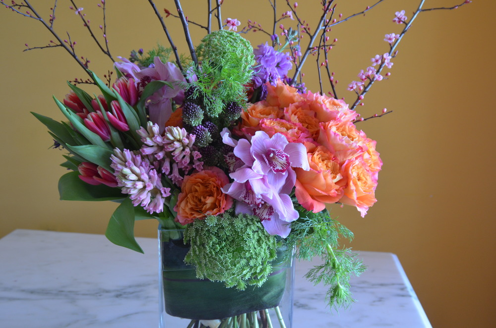 Corporate Events   Corporate clients know they can count on Metka Floral Design for professional service and beautiful flowers that will impress their guests at any event.